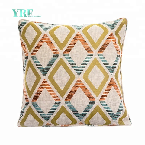 YRF Wholesale Luxury Jacquard Fabric Decorative Hotel Cushions And Bed Runners