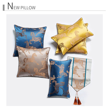 Simple High-Grade Five Star Hotel Precision Sateen Gold Decoration Cushion